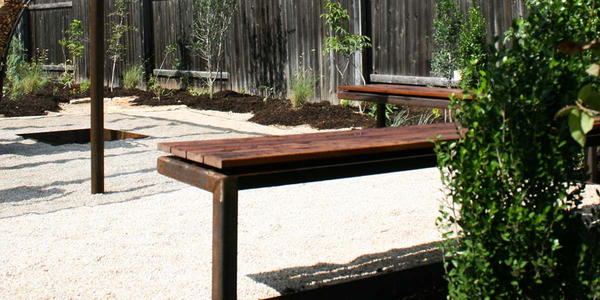cantilevered-bench-8